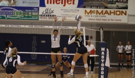 Emily Schmahl tallied 31 kills in last week's IPFW Invitational. || Photo courtesy of sports information
