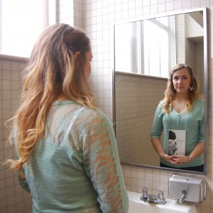 Melissa Ford, freshman from Newburgh, Ind., lived with anorexia for three years before she started talking about her illness. || Anna Taylor/The News