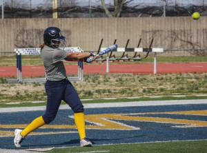 The softball team faced Evansville for the forth time this season. They are currently 1-3 against the Aces after winning the second game of the double-header 6-3 on Wednesday. || Lori Allen/The News