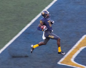 #9 Walter Powell, senior wide receiver from St. Louis, Missouri, scores again. Lori Allen / The News