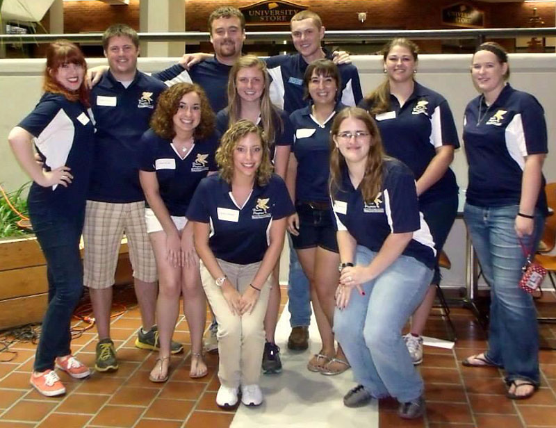 Photo courtesy of Emma Schell First Year Leaders pose during Great Beginnings for a photo in the Curris Center.