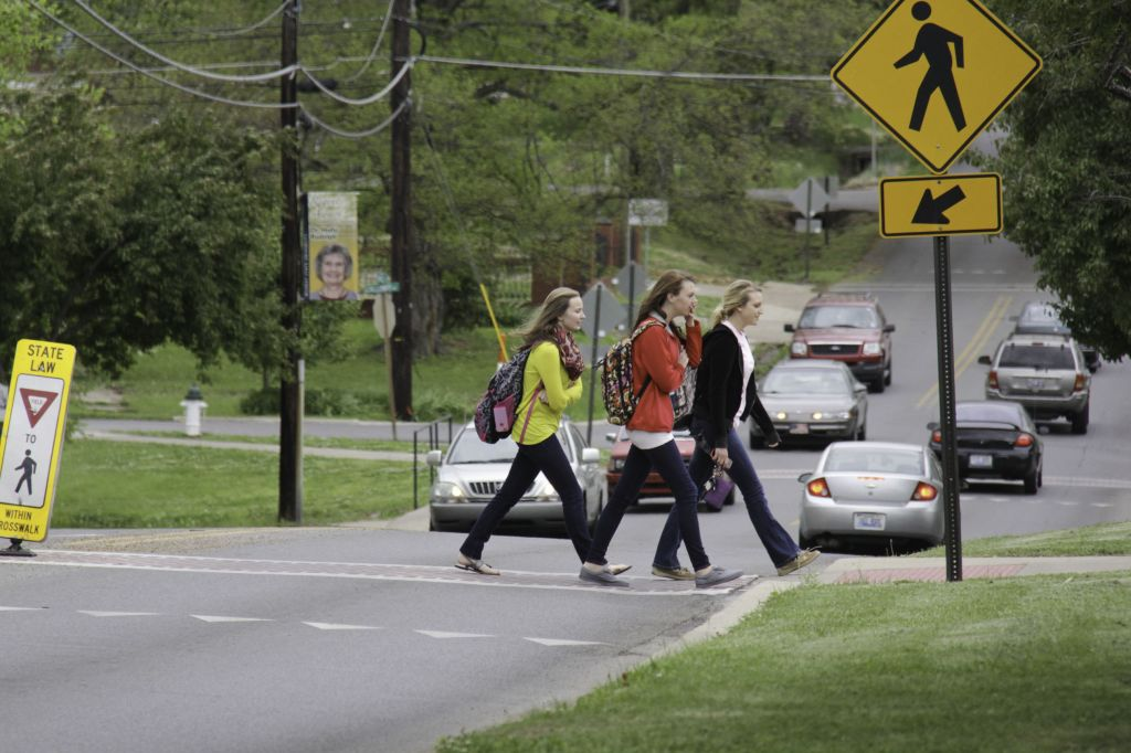 Lori Allen/The News Students cross 16th Street to get to class.