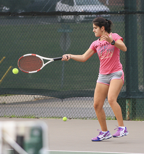 Kali Bubb/The News Nancy Karaky, freshman from Baabdath, Lebanon, practices for the Red Wolf Invitiational Nov. 7 in Jonesboro, Ark.
