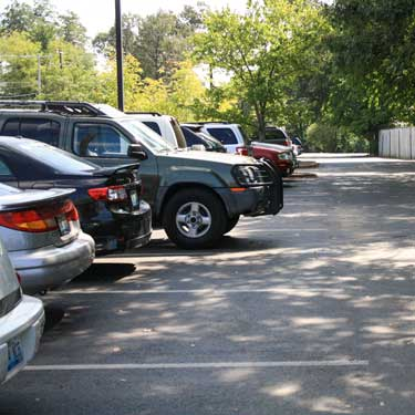 Kalli Bubb/The News Parking spots in the lot across from the quad are usually some of the first to fill up once the school day begins. According to an email send to The Murray State News by Assistant Director of Facilities Management, more than 100 parking spots have been eliminated from the construction of the Engineering and Physics Building.