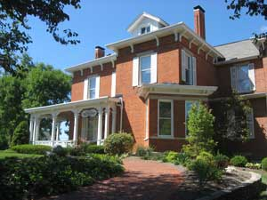 Photo courtesy of Wikipedia Delta Zeta headquarters are located at Miami University in Oxford, Ohio.