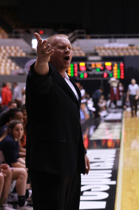 Jenny Rohl // The News Head Coach Rob Cross calls out to players during the semifinal OVC Tournament game.