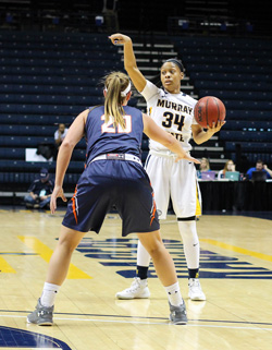 Nicole Ely/The News Freshman forward Abria Gulledge directs Murray State players.