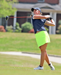 Photo Courtesy Dave Winder-Murray State Athletics Moa Folke, sophomore from Tranas, Sweden, tees off during her OVC Tournament win.