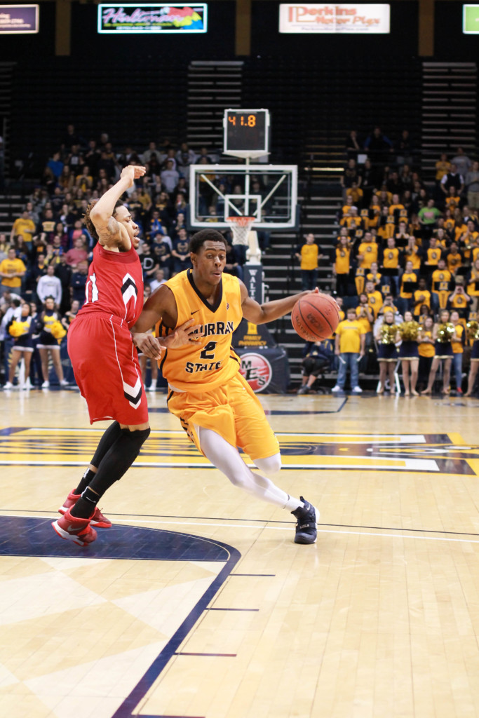 Jenny Rohl // The News Senior forward Jeffery Moss signs with international agent for pro basketball.