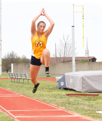 McKenna DosierThe News Jill Jachino, senior from Taylorville, Illinois, competes in triple jump at Murray State April 1.